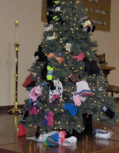Sock & Glove Tree 2014